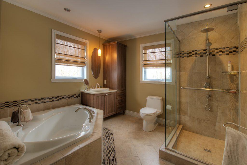 petits-trucs-pour-moderniser-votre-salle-de-bain-
